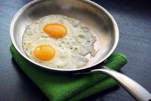 eggs-1467283_640